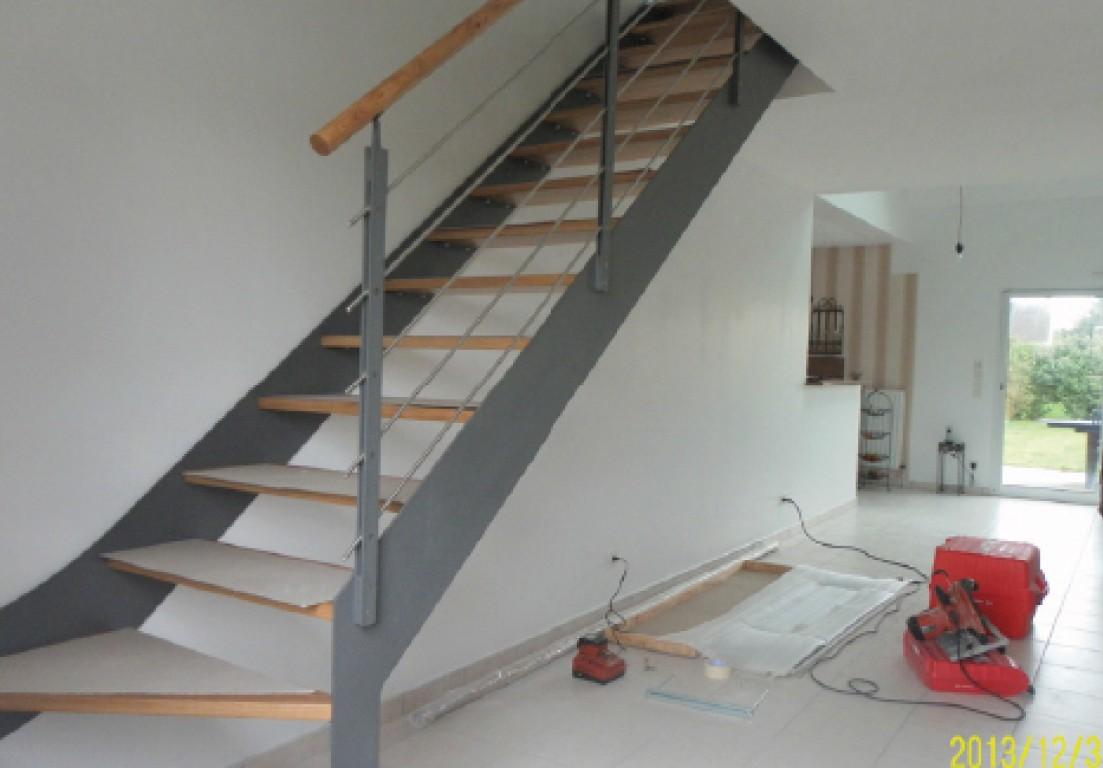 cr ation et pose d escalier sur mesure par artisan en sarthe. Black Bedroom Furniture Sets. Home Design Ideas